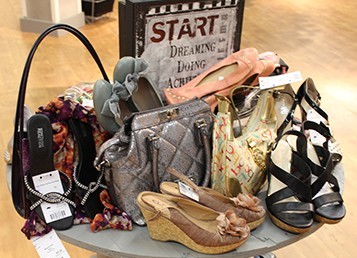 Goodwill Kansas News Article September 2017 Gray Willow Fashion Exchange Consignment Grand Opening Listing Image